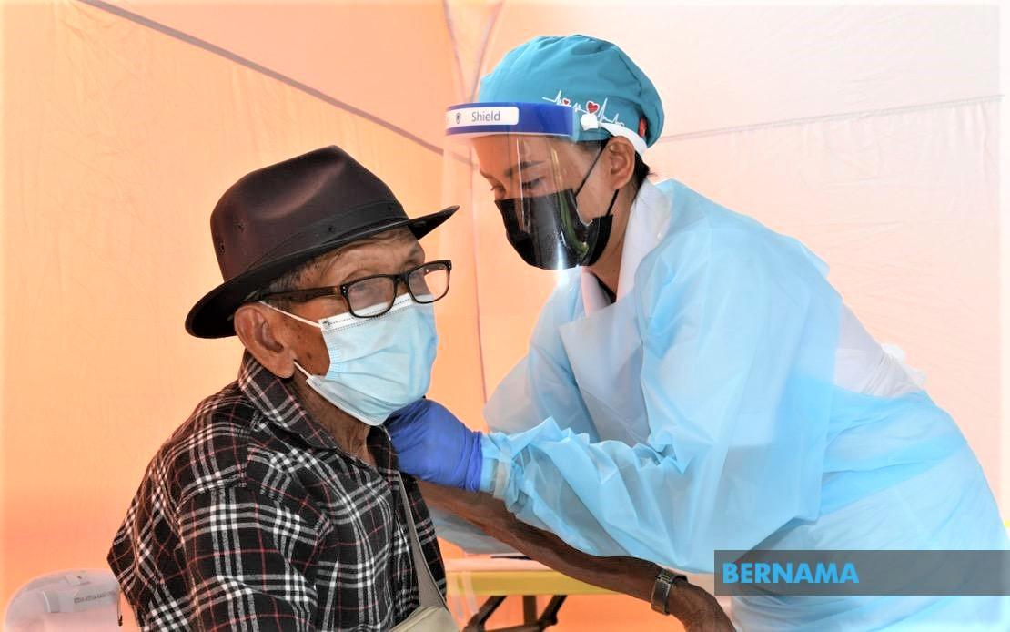 vaccination elderly